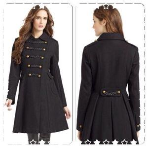 Sale 🎉Tahari black wool coat